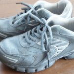 保育園の運動会用に室内用の靴って用意した方がいいの?スリッパはダメなの?